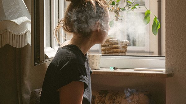 Get rid of cigarette smoke smells in the home