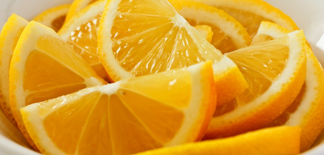 Lemons absorb paint