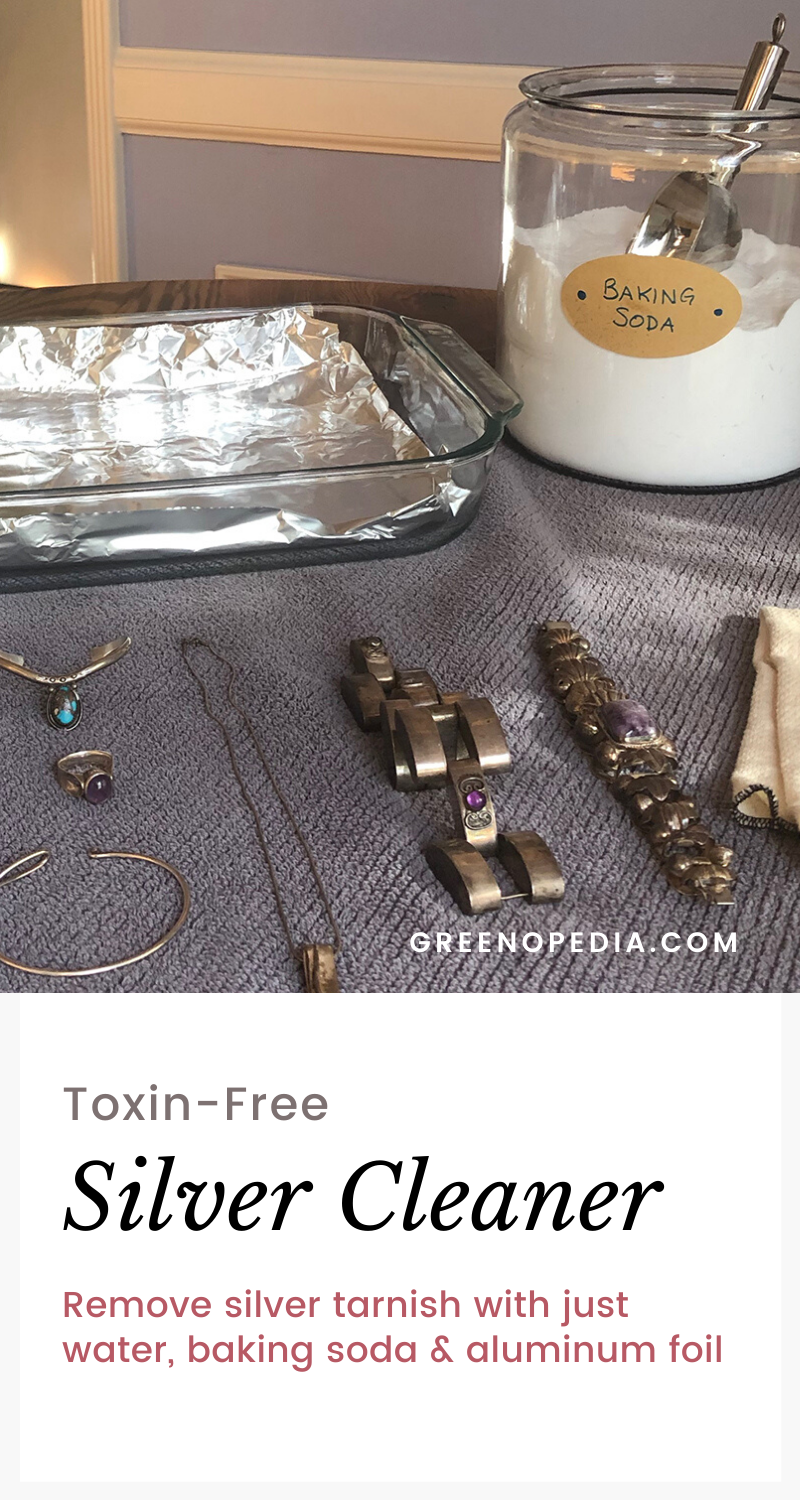 Remove Silver Tarnish Naturally | Skip the toxic silver polish! It's so easy to remove silver tarnish with just baking soda, hot water, and aluminum foil. And it's pretty fun, too.| @greenopedia #naturalsilverpolish #nontoxicsilverpolish #nontoxicsilvercleaner via @greenopedia