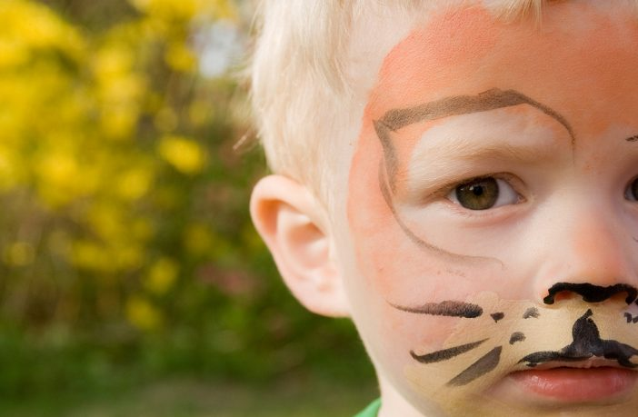 Safer face paints