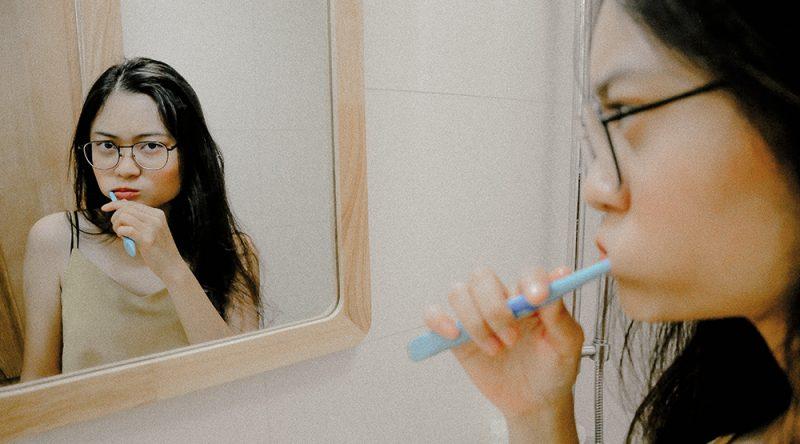 plastic toothbrush toxins